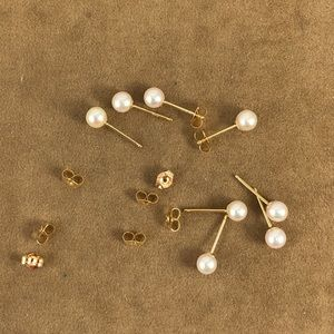 Vintage Accessories - 4MM Culture Pearls 14Karat Post and Ear Backs